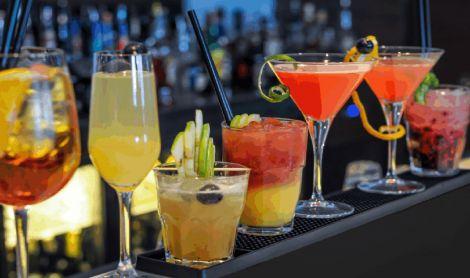 Bar Cocktails Mat
